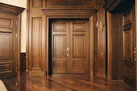 Межкомнатные двери из массива дуба: о преимуществах