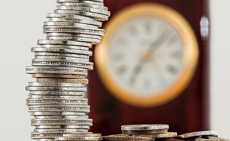 Почему пенсии растут, а реальные доходы снижаются