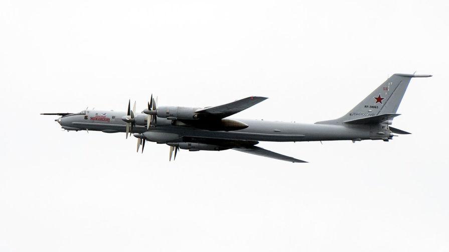 Российские Ту-142 пролетели у границ США и Канады