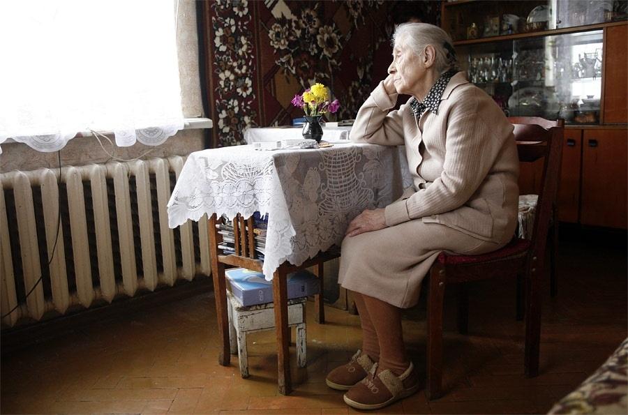 Законопроект лишает пенсионеров РФ права распоряжаться квартирами