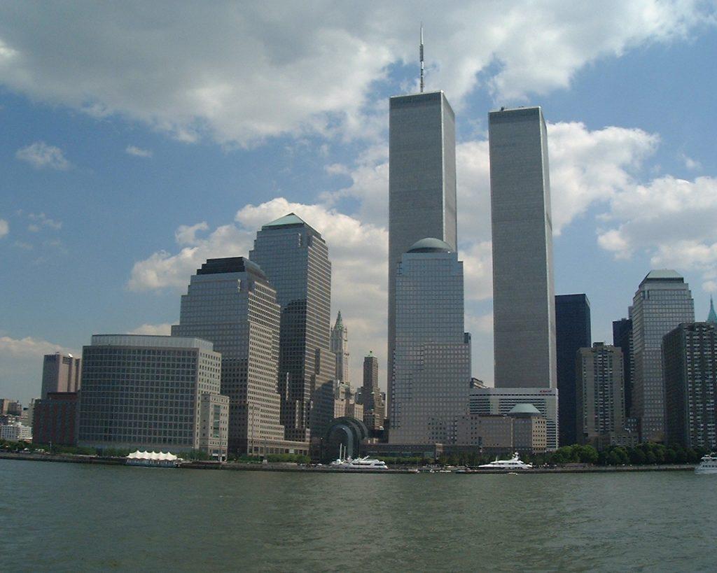 Террористические акты 11 сентября 2001 года с ужасом вспоминают до сих пор