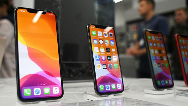Ритейлеры рассказали, какие смартфоны покупают россияне