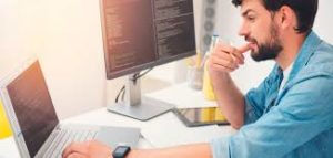 Профессия программист: о преимуществах