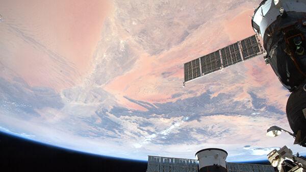 На запущенном с МКС американском военном спутнике возникла проблема