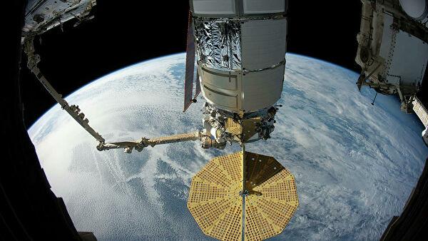 Грузовой корабль Cygnus покинул МКС после почти трех месяцев на орбите