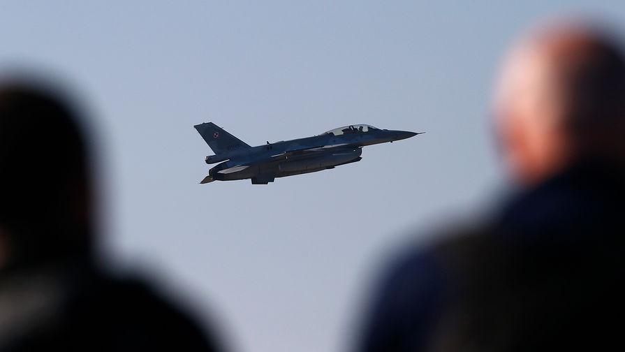 Наблюдательный полет над Россией выполнят военные США и Канады
