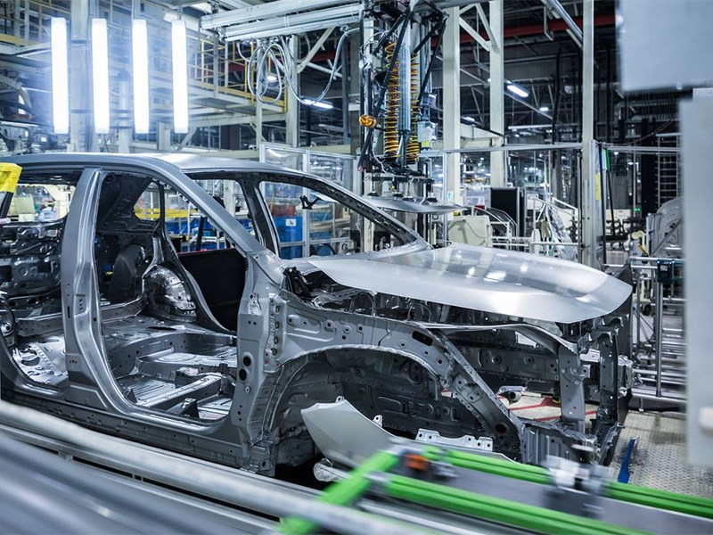 Toyota и Volvo решили приостановить своё производство
