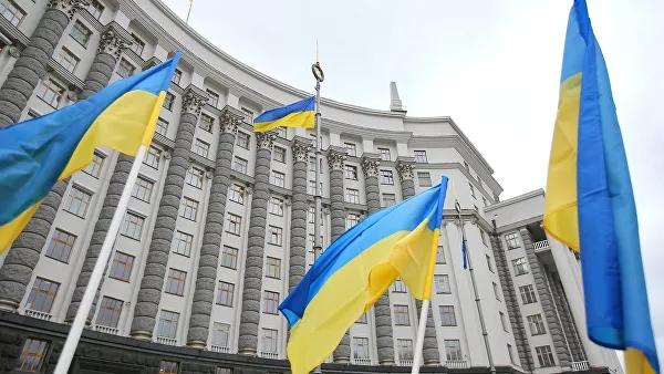 Украинские Минздрав и Минфин остались без руководителей