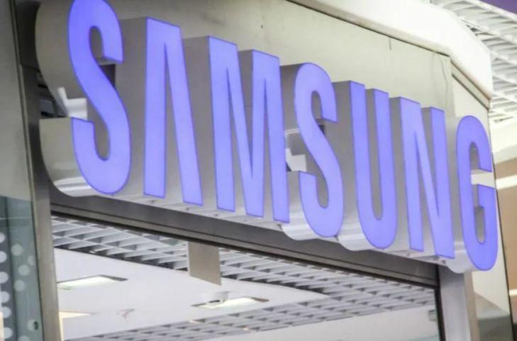 Samsung намерен бесплатно раздать смартфоны заражённым коронавирусом
