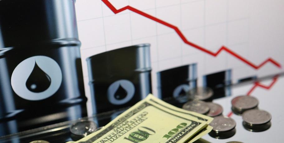 Эксперты: нефтяной кризис продлится 4 года