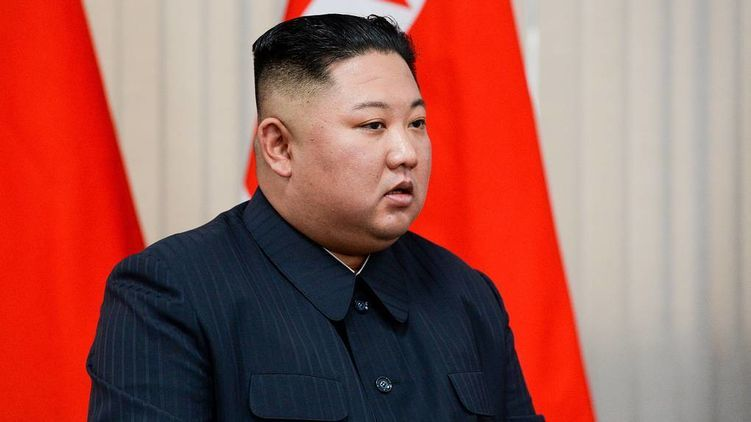 Что с Ким Чен Ыном? У оперировавшего вождя КНДР врача дрожали руки