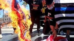 Генпрокурор США рекомендует вменять протестующим попытку госпереворота