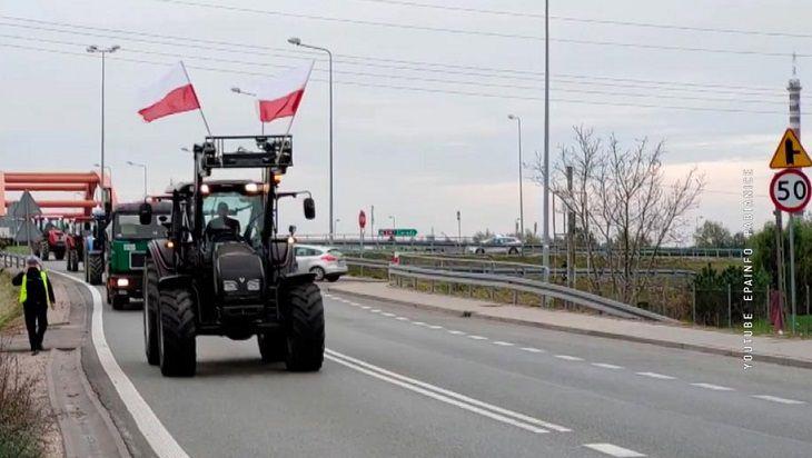 В Польше бастуют фермеры. Сотни тракторов блокируют дороги