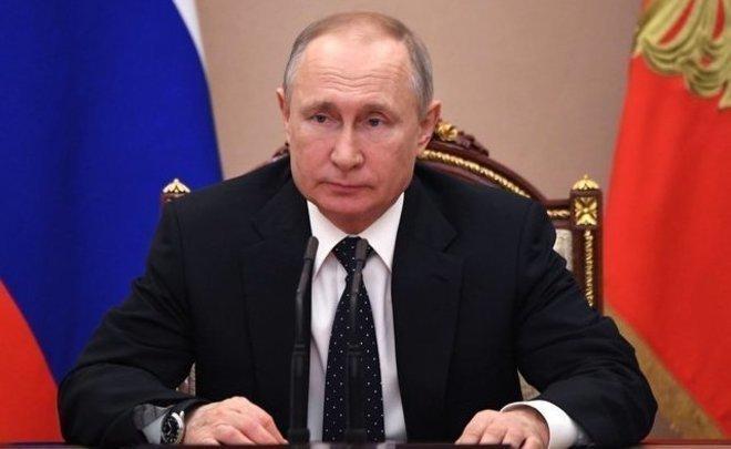 Путин исключил общенациональный локдаун в стране