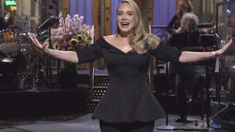 Адель сильно похудела и стала телеведущей вечернего шоу