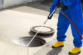 Методы прочистки канализационных колодцев