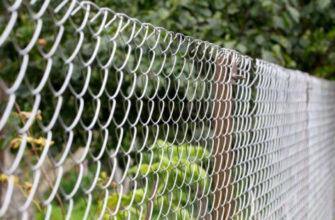 Забор для загородного дома: как выбрать