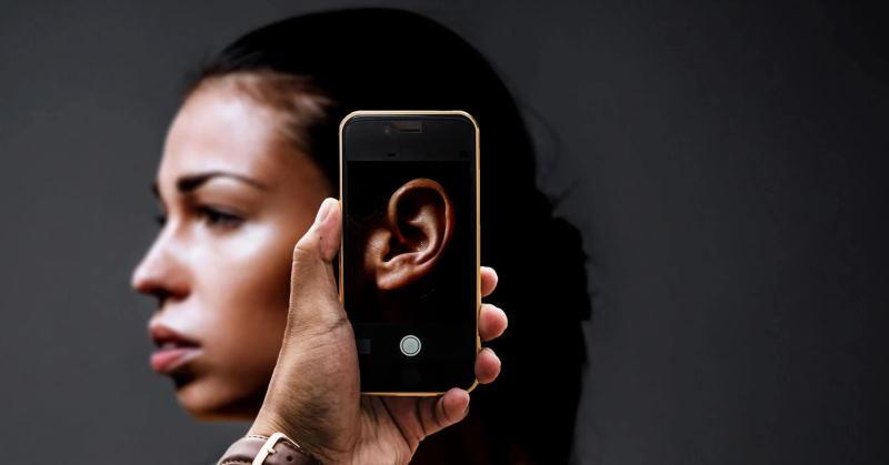 Как распознать прослушку разговора на вашем смартфоне