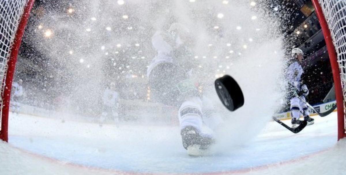 Премьер Латвии против совместного проведения ЧМ по хоккею с Беларусью