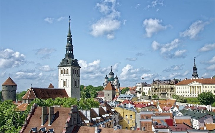 Коррупционный скандал вынудил премьера Эстонии подать в отставку