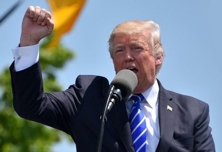 Дональд Трамп возобновит активную политическую деятельность