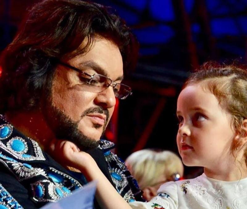 Алла Духова раскрыла причину того, что Киркоров забрал дочь из танцевальной студии