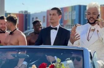 Киркоров и Манукян прибыли на премию Муз-ТВ в свадебном лимузине
