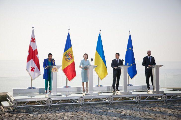 Грузия, Украина и Молдова подписали декларацию о вступлении в Евросоюз